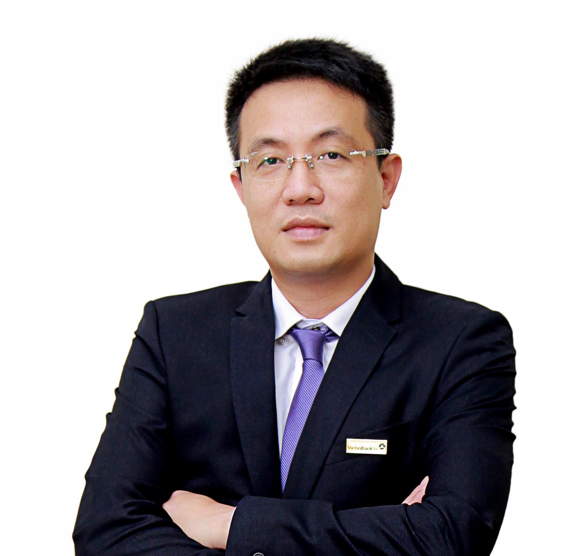 Ông Vũ Anh Đức  Giám đốc Vietinbank CN11